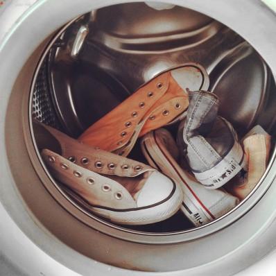 si possono lavare in lavatrice le scarpe new balance