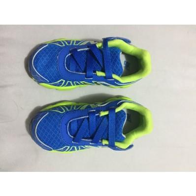 tenis new balance verde e azul